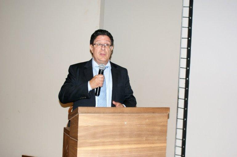 M. Marc VIZY, Ambassadeur de France au Togo